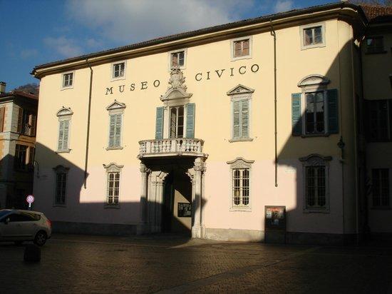 Civico Museo Archeologico Paolo Giovio : Front view