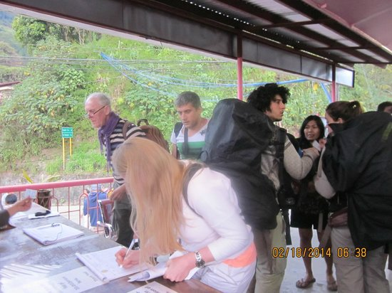Banaue Homestay: guests registering at the tourism center