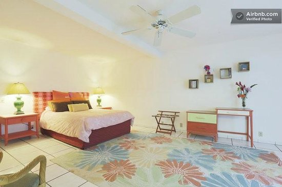 House of Fountains Bed and Breakfast : Mauka Suite