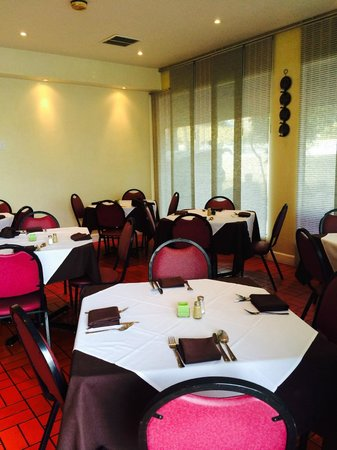 Sabina's European Restaurant : Sabina's Interior