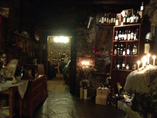 Restaurant Wiedenplatzerkeller : Una delle sale interne
