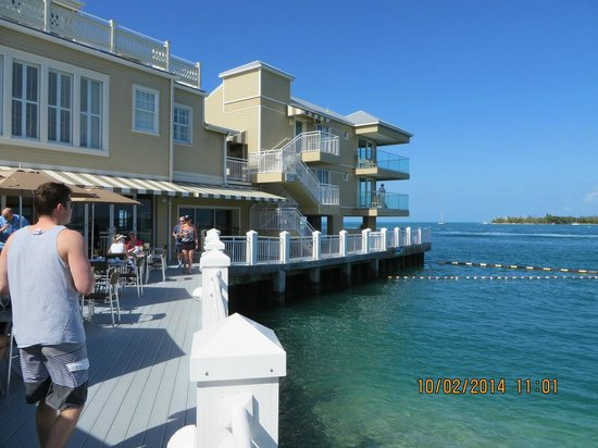 Pier House Resort & Spa: restaurants and suites view
