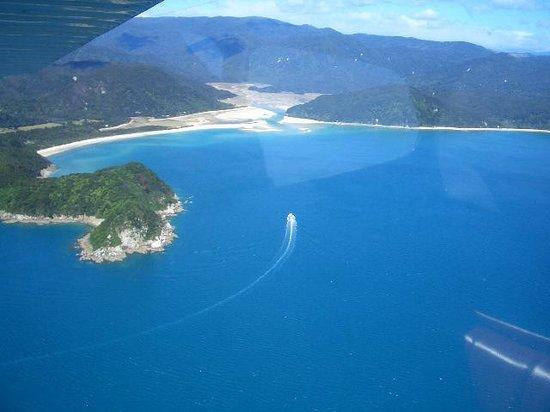 Adventure Flights Golden Bay: Off the Abel Tasman National Park