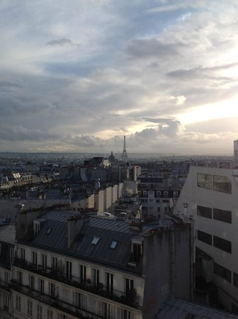 Mercure Paris Montmartre Sacre Coeur: View from room