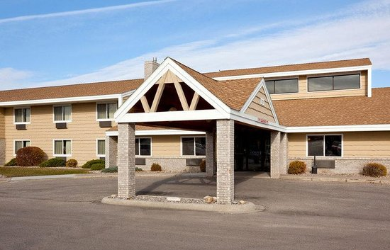 AmericInn Lodge & Suites Crookston - U of M Crookston