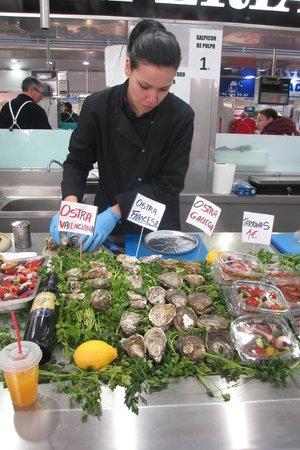Central Market (Mercado Central) : oysters