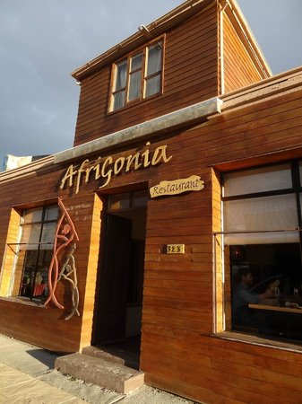 Afrigonia: Fachada do restaurante.