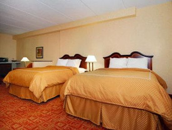 Motel 6 Atlanta, GA - Stadium SE: Double Queen Suite