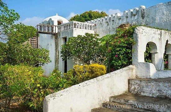 Chuini Zanzibar Beach Lodge : Hotelanlage auf dem Gelände des ehemaligen Sultanpalasts