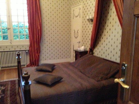 Chateau Francois d'O : room