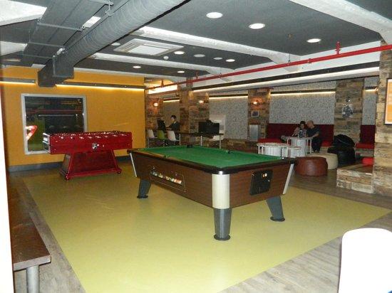Generator Hostel Barcelona: Área de jogos