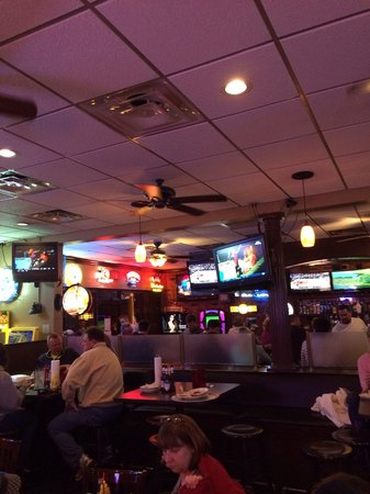Al's Bar and Grille