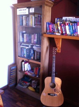 Hostel 41 Below: Swap books