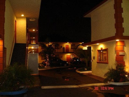 Paradise Inn & Suites: Recreational facility