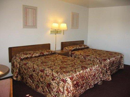 Town House Inn: Guest room
