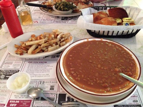 Diehl's Restaurant: Awesome country cookin!!!!!!
