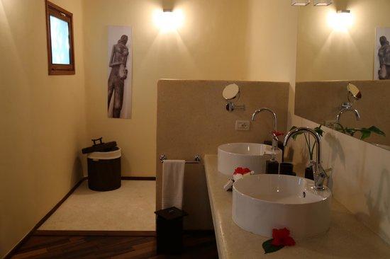 Essque Zalu Zanzibar : bathroom