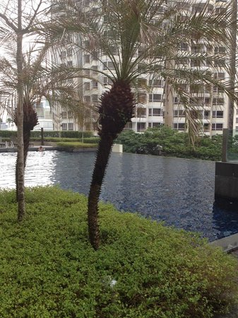G Hotel Gurney: Swimming pool on 3 rd floor