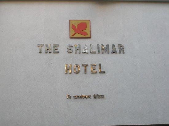 The Shalimar Hotel : Entrance sign