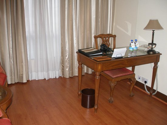 The Shalimar Hotel : Room