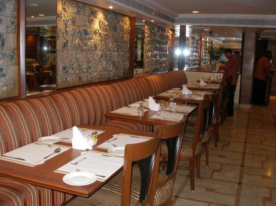 The Shalimar Hotel: Diningroom