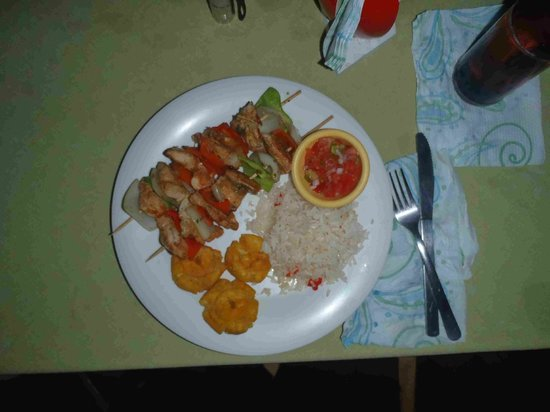 San Simian Eco Lodge: Kabob Meal