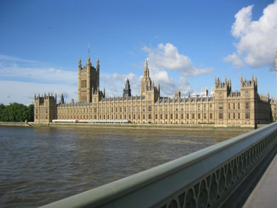 Park Plaza Westminster Bridge London: view of Houses of Parliament from Hotel