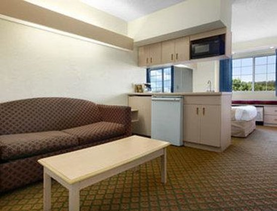 Microtel Inn & Suites by Wyndham Florence: Suite
