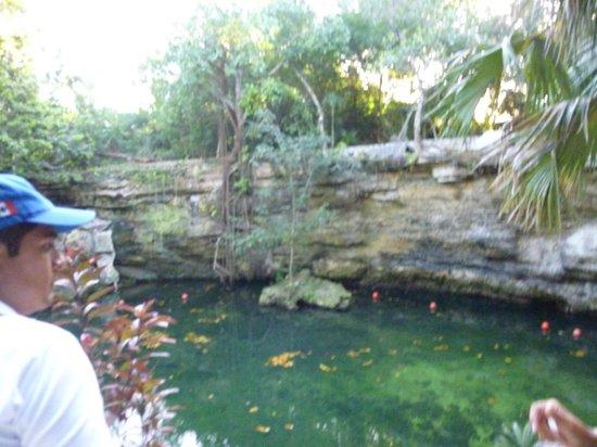 Rancho Bonanza: cenote