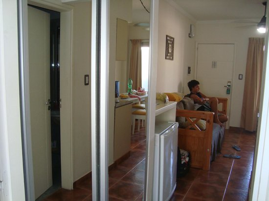 Mallak Apart Hotel: Placard