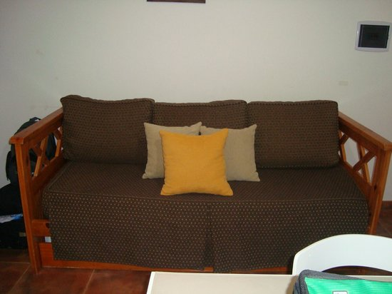 Mallak Apart Hotel: Sofa cama
