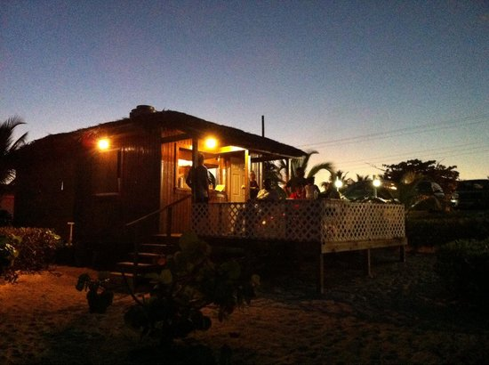 The Grape Tree Cafe: Beachside Fish Fry Stand!