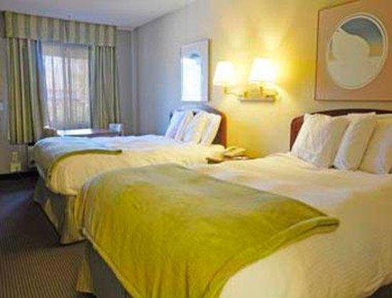 Ramada Antioch: Double Guest Room