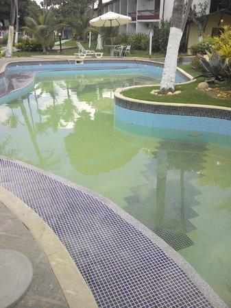 Resort Pau Brasil Praia: olha a cor da agua apos a obra