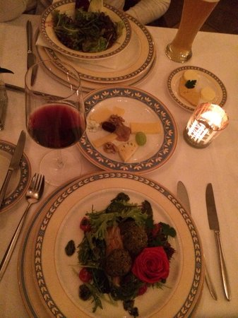 Pfistermuhle : Amazing salads, especially the ine with goat cheese