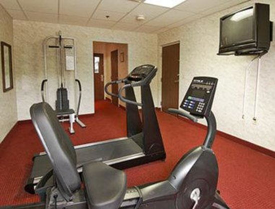 Ramada Bolingbrook: Fitness Center