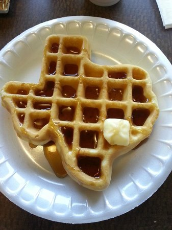 Comfort Suites San Antonio North - Stone Oak: Best waffle ever!