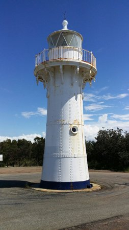 Ulladulla, ออสเตรเลีย: Warden head pre-fab steel lighthouse