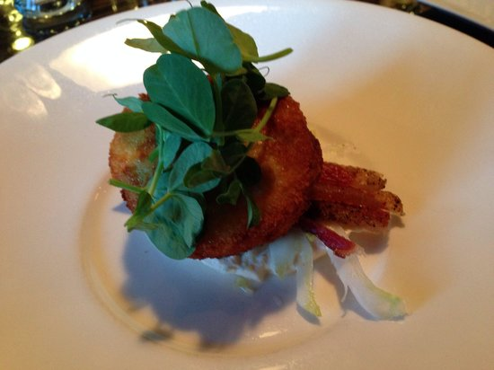 Alchemy Restaurant and Bar: Dungenous Crab Cake