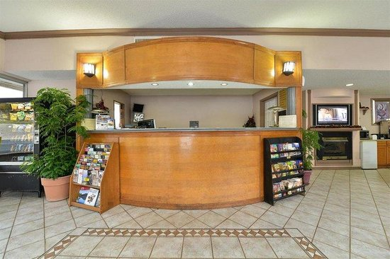 Americas Best Value Inn : Lobby