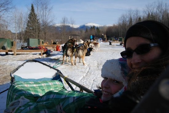 Muddy Paw Sled Dog Kennel - Day Tours: Our team