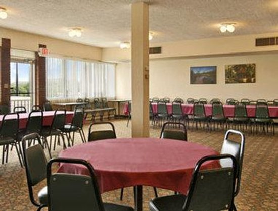 Villa Ridge, MO: Meeting Room