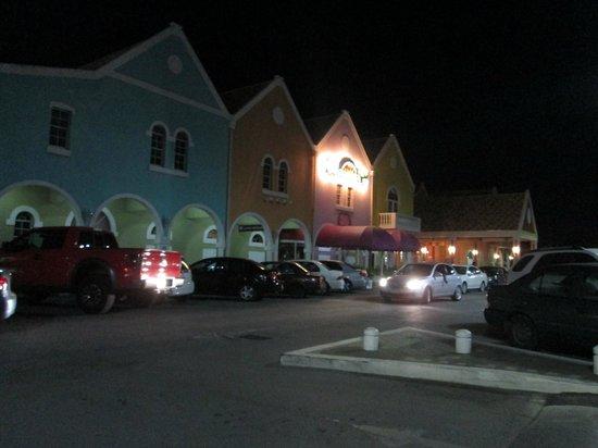 Holiday Beach Hotel and Casino: 8