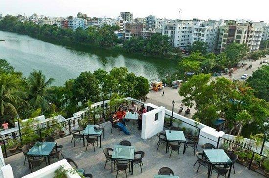 outside sitting picture of lake terrace dhaka city