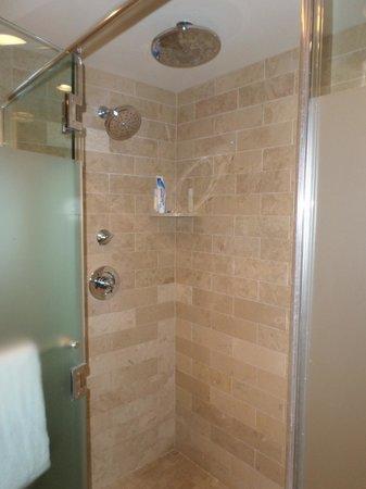 Caesars Palace: great shower