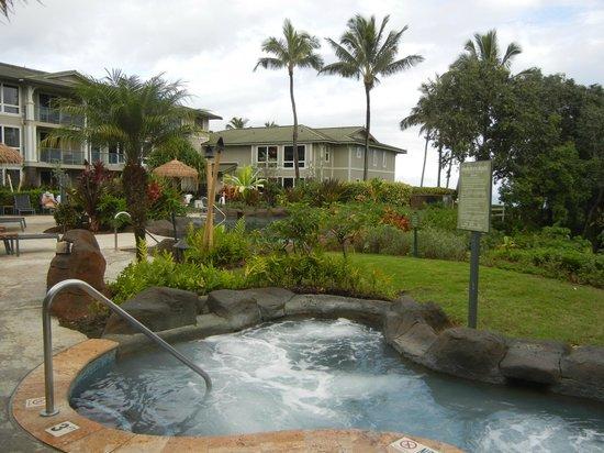 Westin Princeville Ocean Resort Villas: Adult hot tub and hotel room buildings