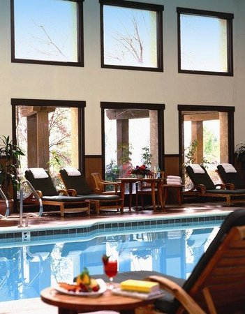 Tenaya Lodge at Yosemite: Indoor Pool