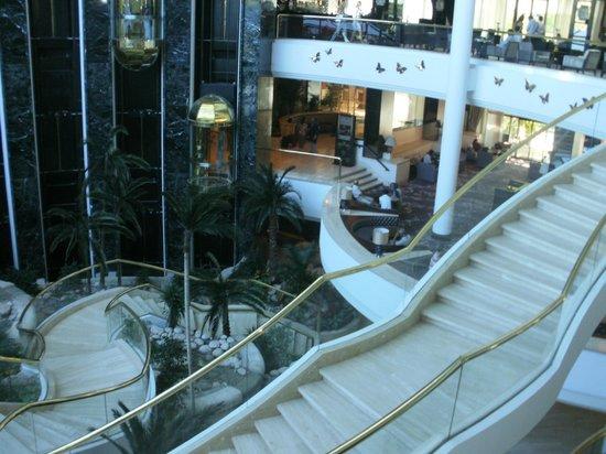 Rixos Downtown Antalya : нижние этажи отеля