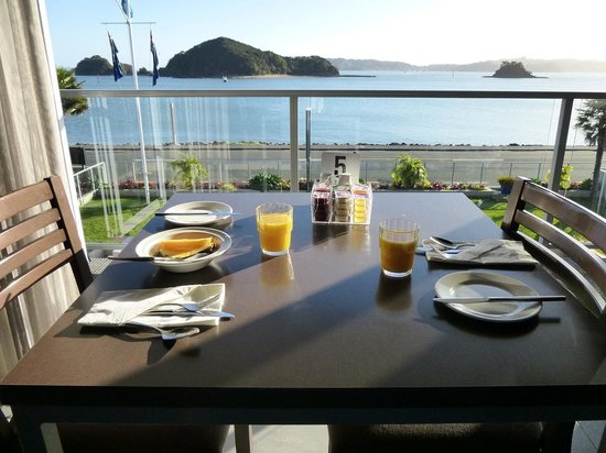 Kingsgate Hotel Autolodge Paihia : breakfast view from restaurant