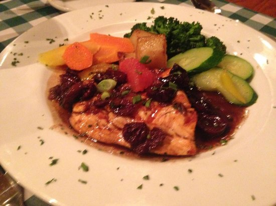 Trattoria I Trulli : Scottish Salmon to die for